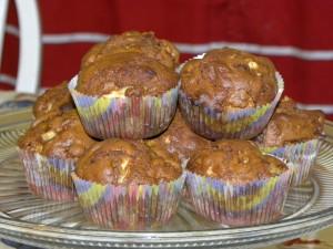 apple gingerbread muffin