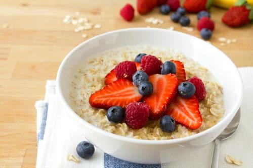 Fresh Fruit Oatmeal