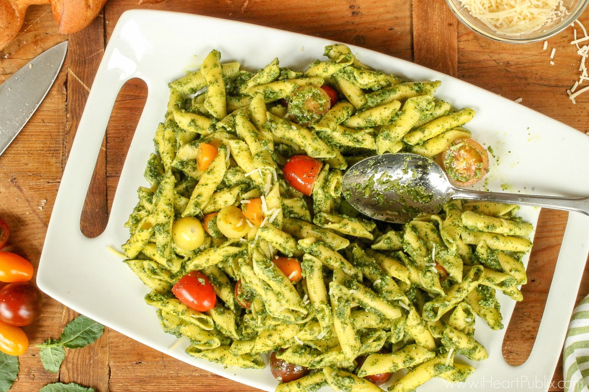 Kale Pesto Penne - Amazingly Delicious & Easy Meal With Ronzoni Homestyle Pasta on I Heart Publix 2