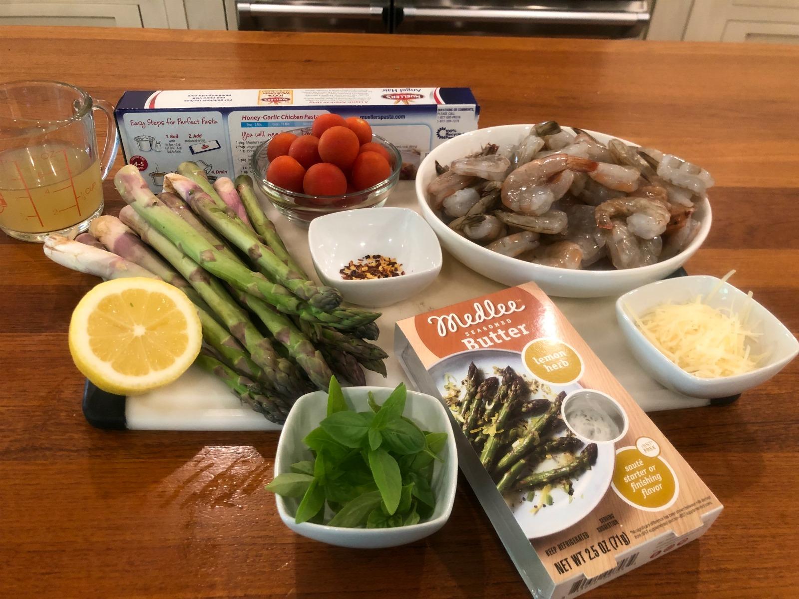 Lemon Pasta with Shrimp & Asparagus on I Heart Publix