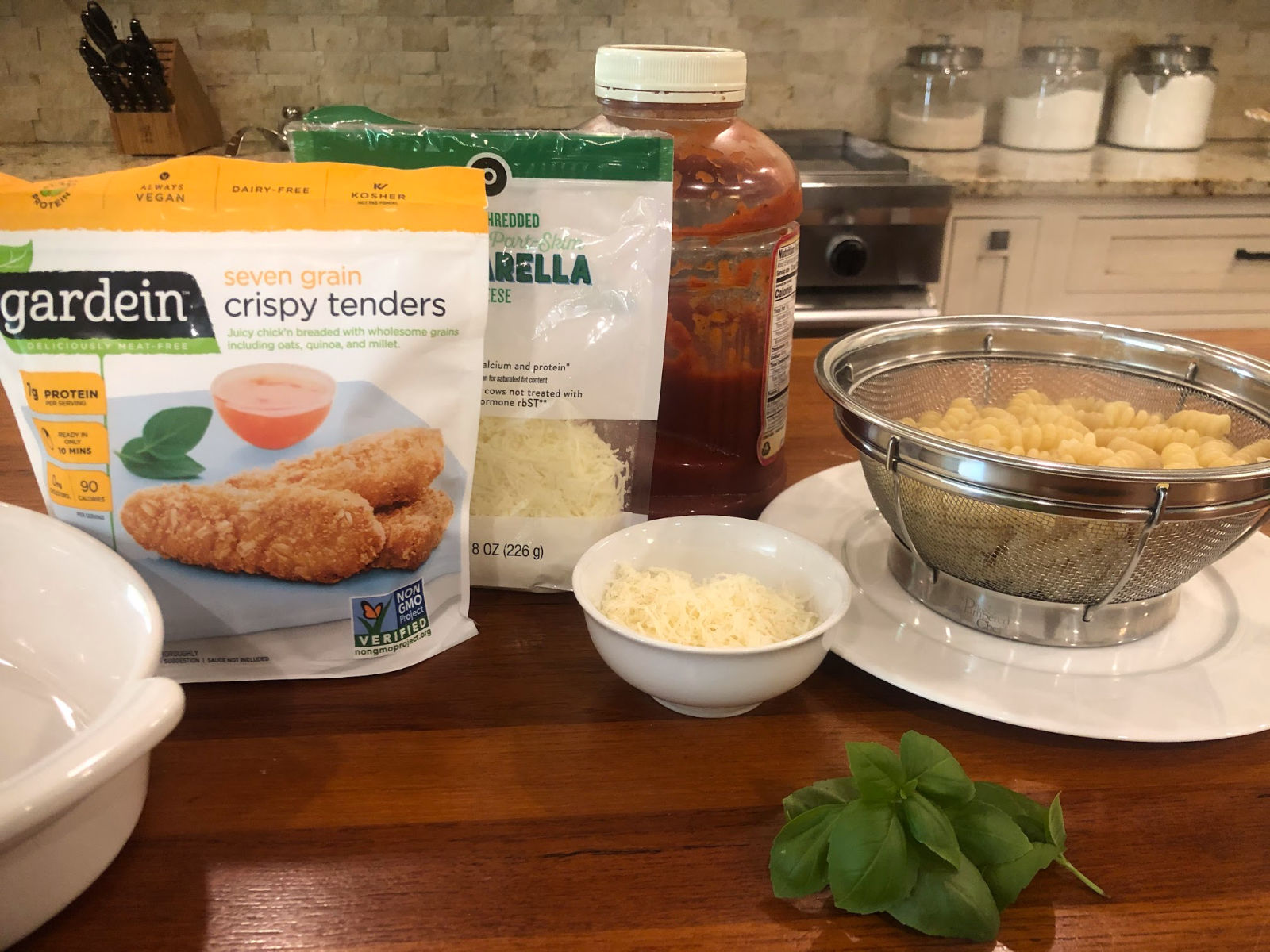 Easy Chick'n Parmesan Casserole (Meatless Meal Option) on I Heart Publix
