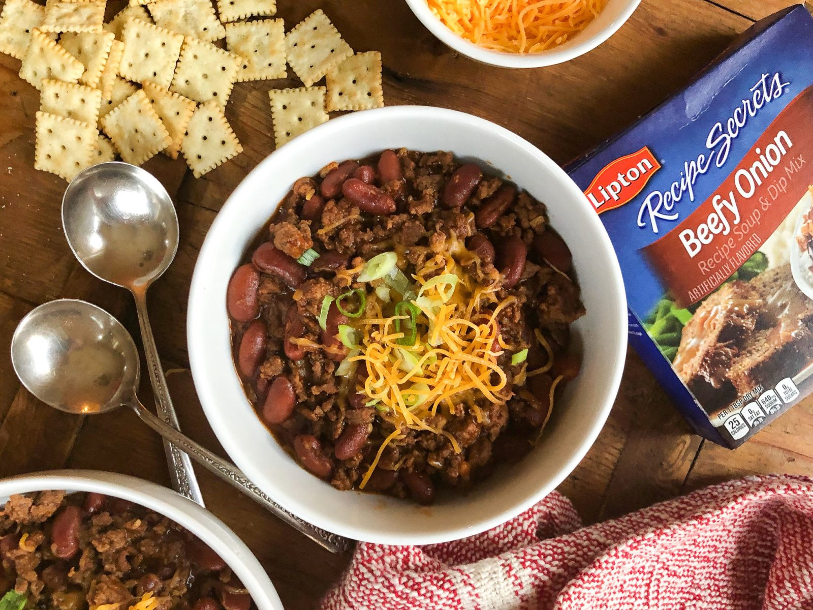 Serve Up This Fast 'n Easy Chili When You Need A Meal In A Flash + Save On Lipton Recipe Secrets At Publix on I Heart Publix 1