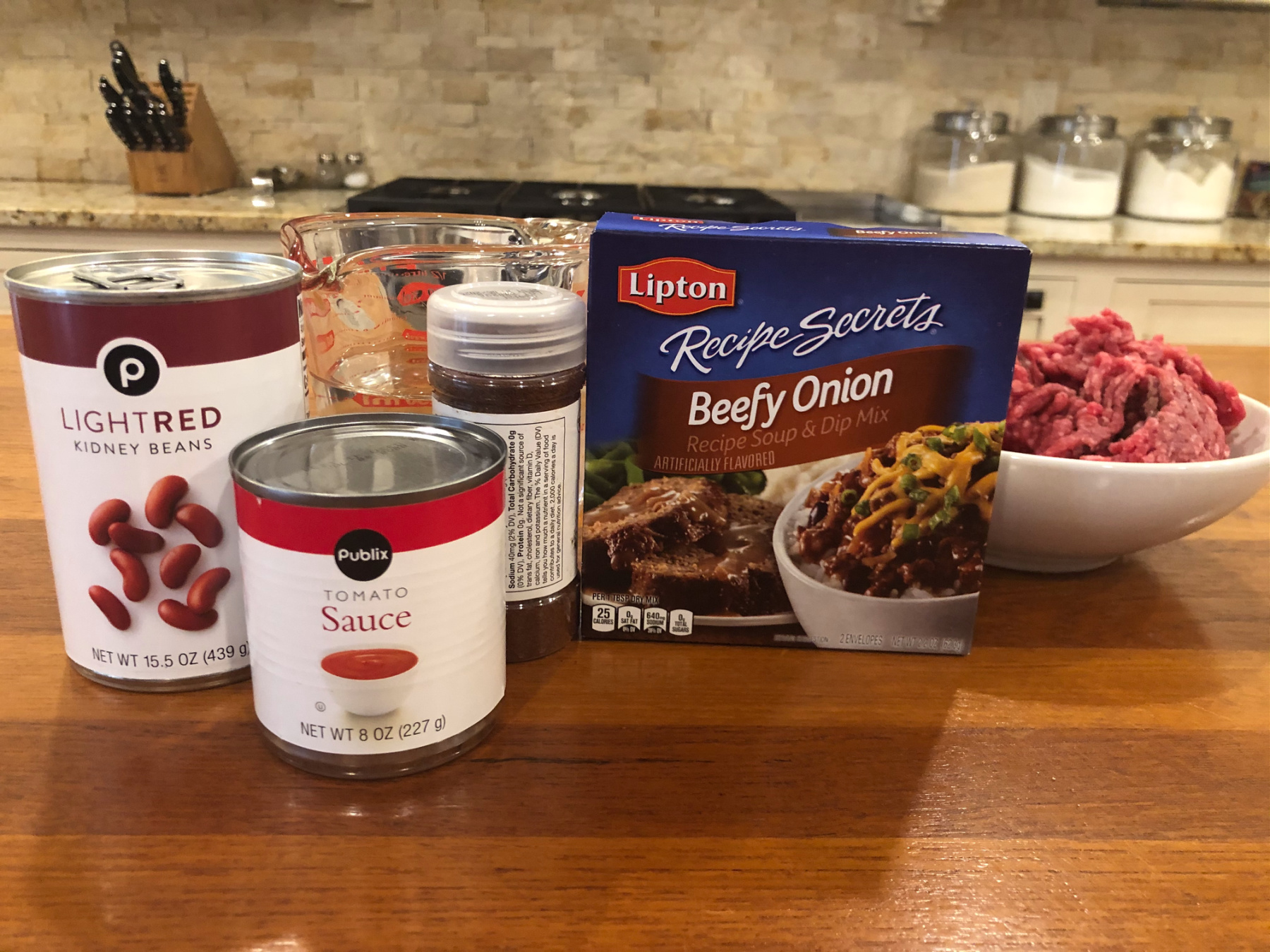 Serve Up This Fast 'n Easy Chili When You Need A Meal In A Flash + Save On Lipton Recipe Secrets At Publix on I Heart Publix