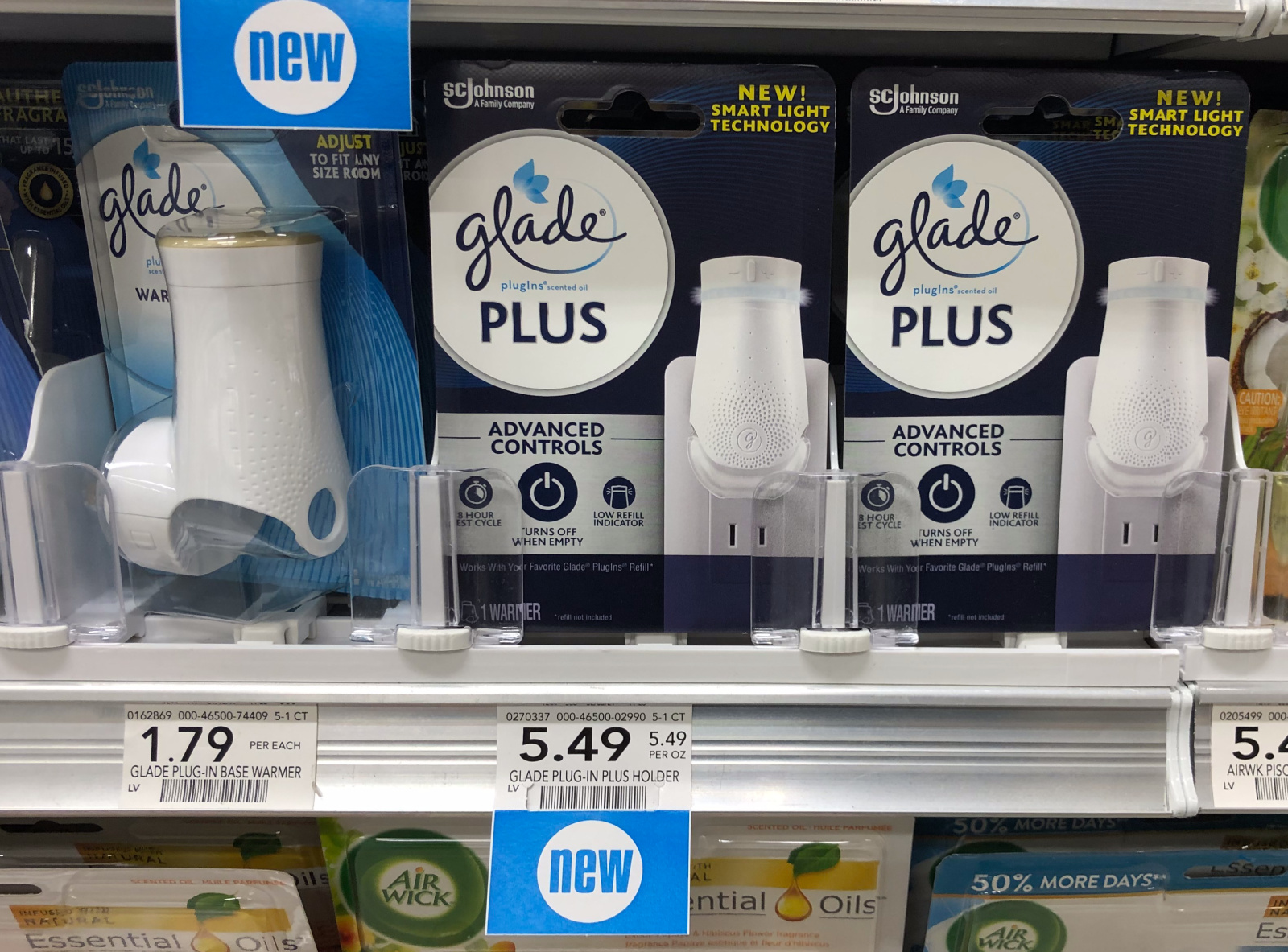 Look For NEW Glade® PlugIns® PLUS Warmer - The Only Smart Warmer That Knows Not To Waste A Scent! on I Heart Publix