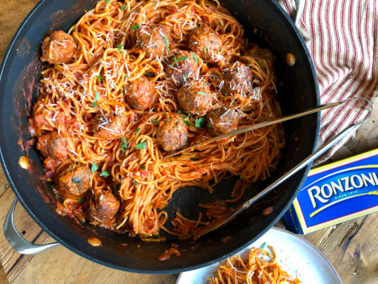 One-Pot Thin Spaghetti And Meatballs - Amazing Recipe To Go With The Ronzoni BOGO Sale! on I Heart Publix