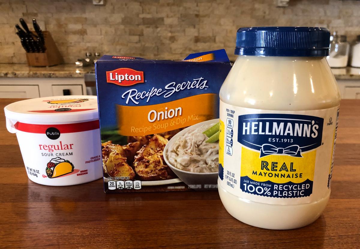 Creamy Onion Dip on I Heart Publix