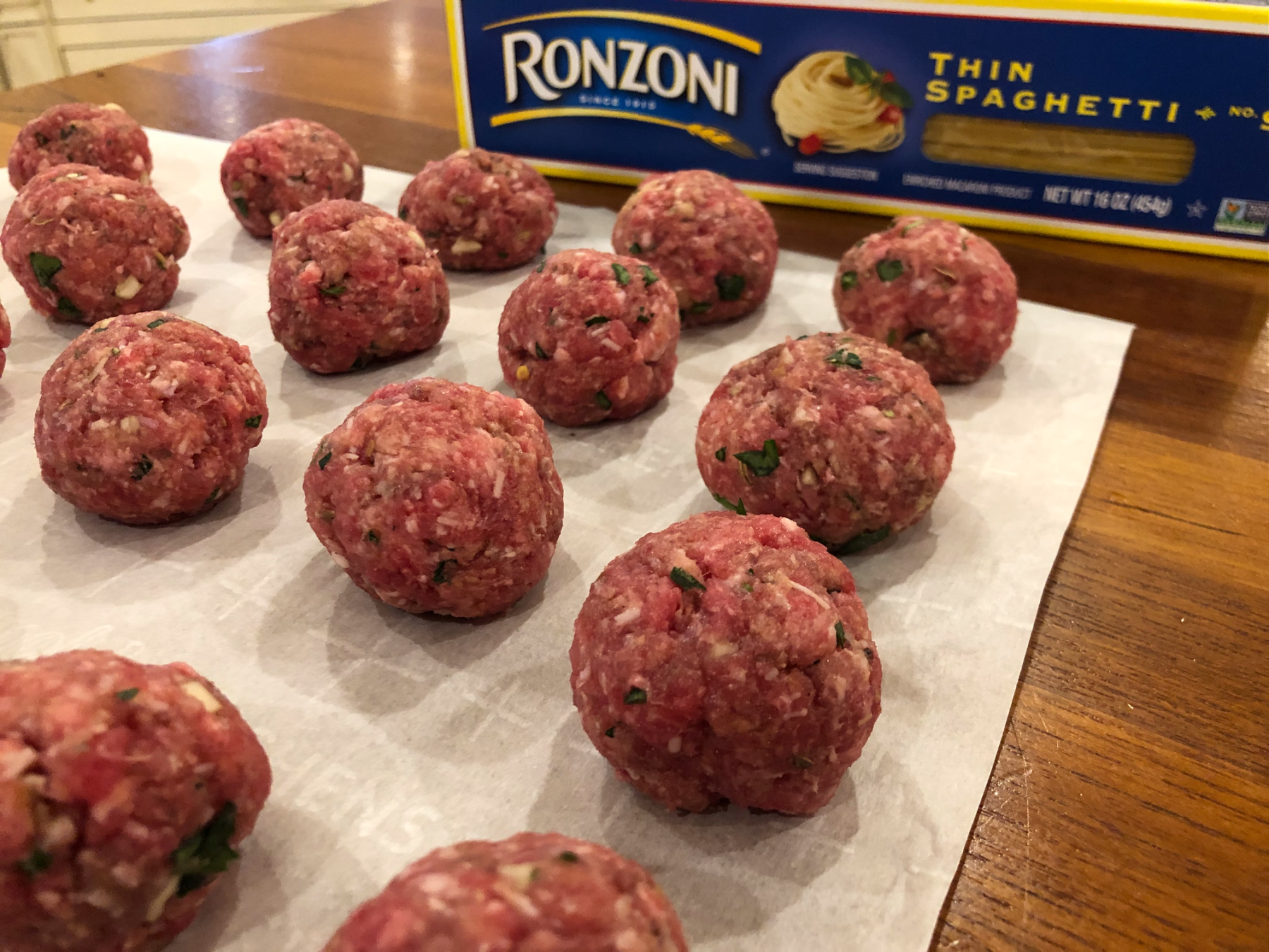 One-Pot Thin Spaghetti And Meatballs - Amazing Recipe To Go With The Ronzoni BOGO Sale! on I Heart Publix 3