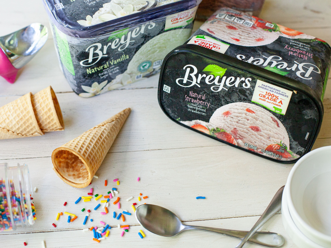 Chill Out On A Hot Day With Delicious Breyers Ice Cream - Save NOW At Publix on I Heart Publix 1