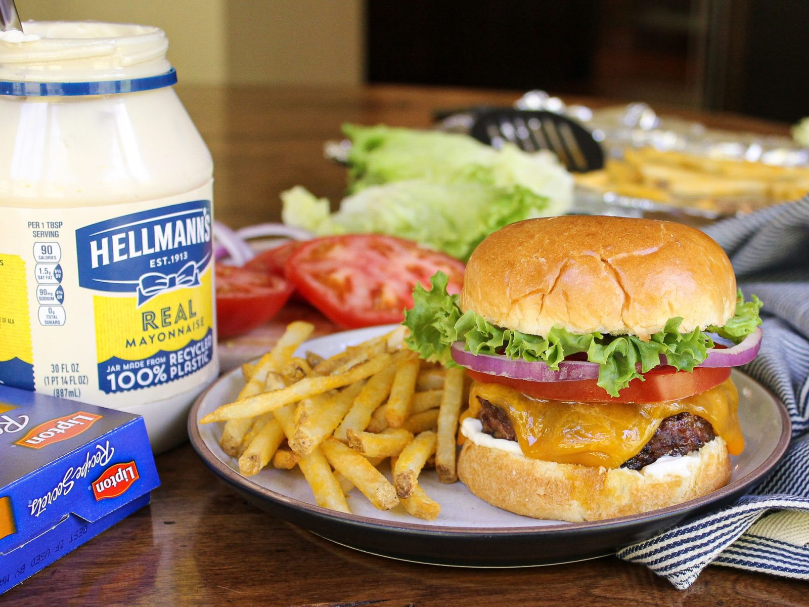 Whip Up A Batch Of Best Ever Juicy Burgers Recipe And Earn Gift Cards To Boot! on I Heart Publix