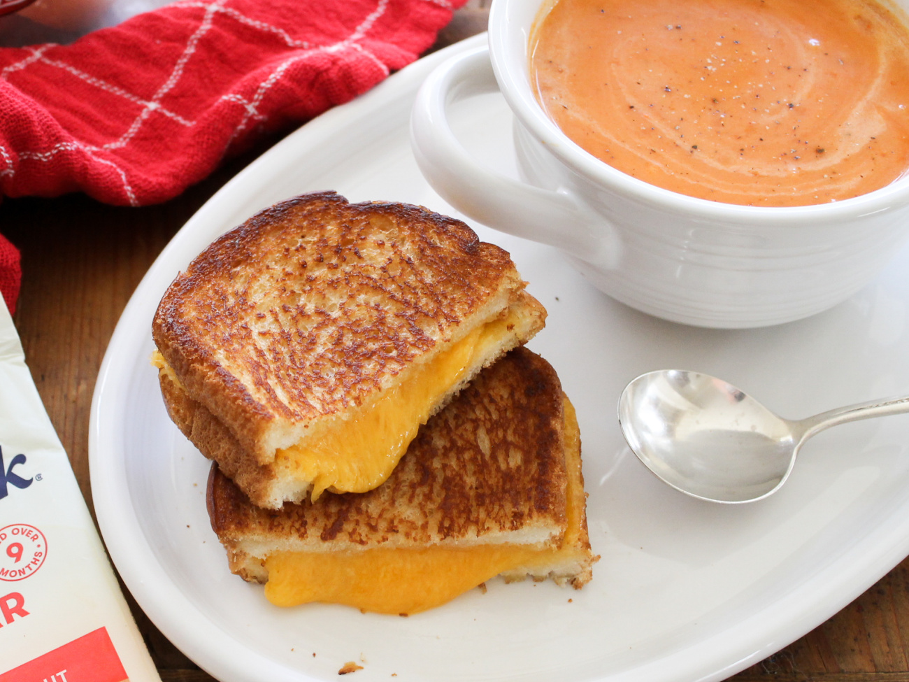 Serve Up A Delicious Grilled Cheese Sandwich With Big Savings On Tillamook Cheese At Publix on I Heart Publix 1