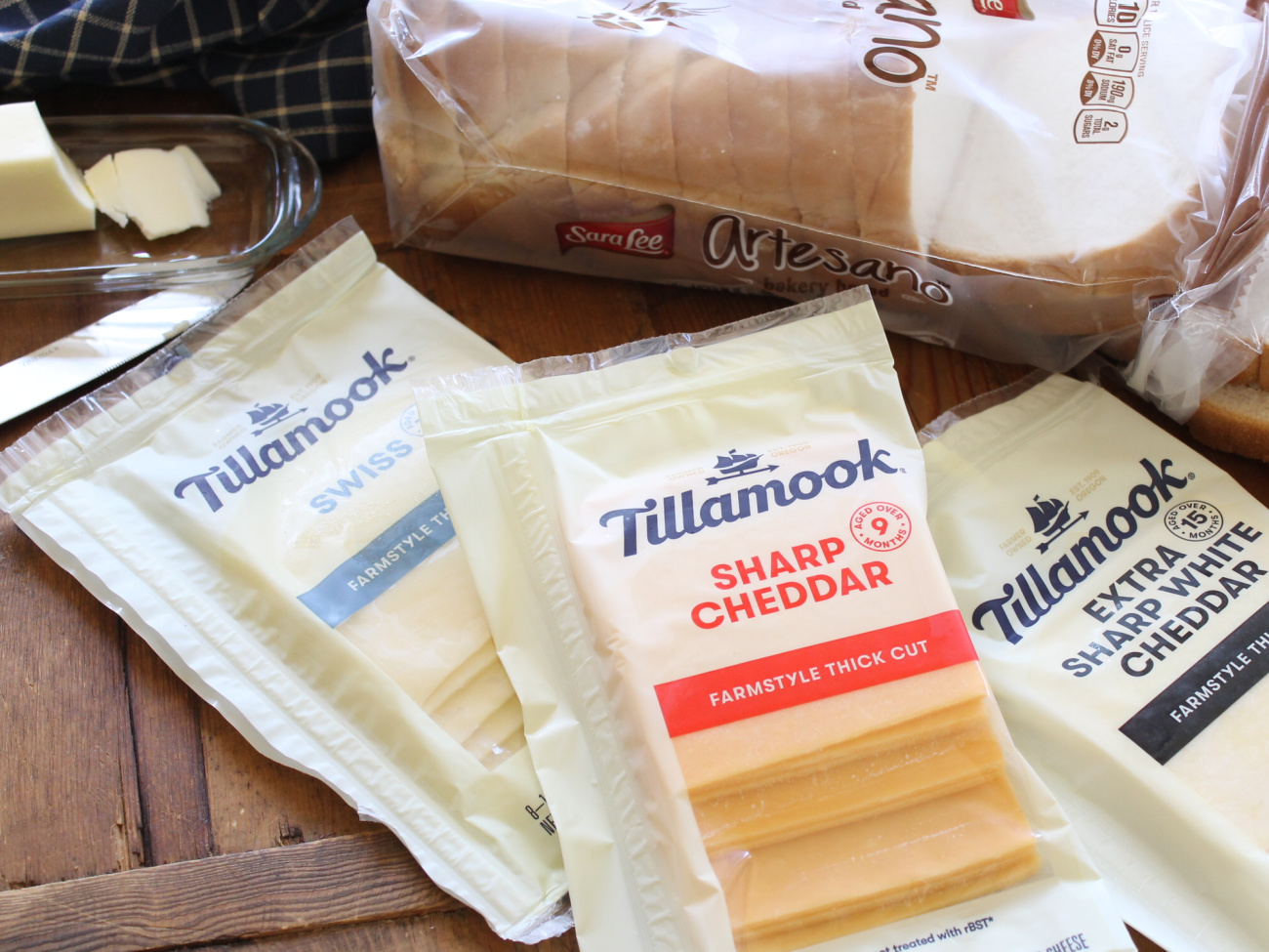 Upgrade Your Grilled Cheese & Grab Savings On Tillamook Cheese At Publix on I Heart Publix